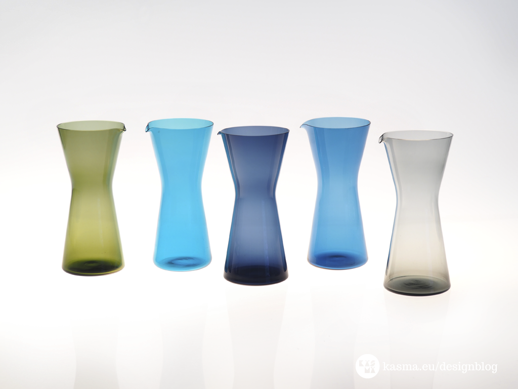 Left to right: Moss green, turquoise, dark blue, sky blue and smoke. My first kartio-pitcher (dark blue) is the center of this picture.